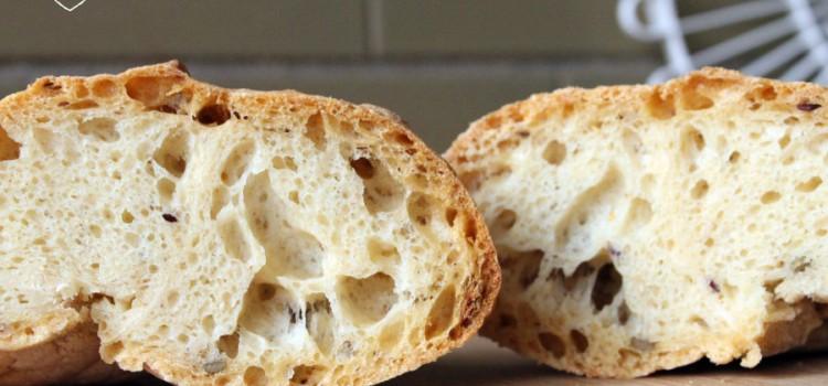 Pane con nuova Farina per pane Conad