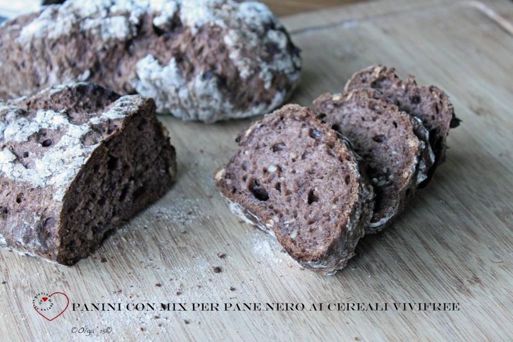 Panini con Mix per Pane Nero ai Cereali Vivifree