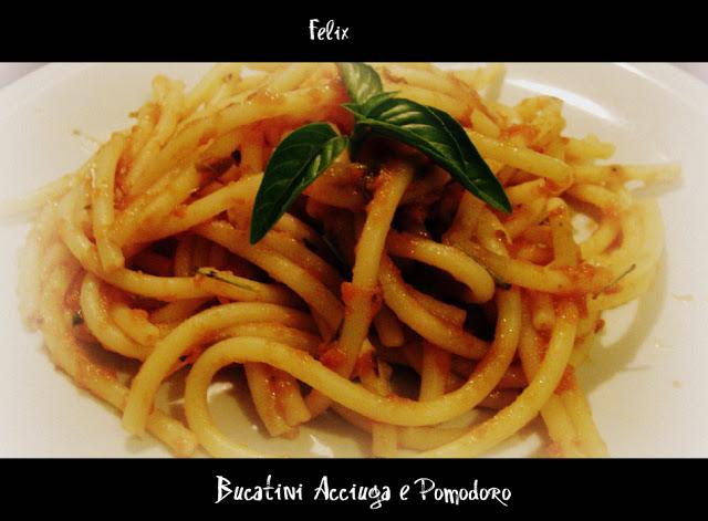 Bucatini con Acciuga e Pomodoro