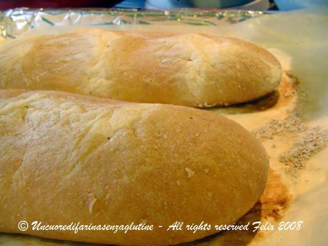 Pane bianco senza glutine con lievitino
